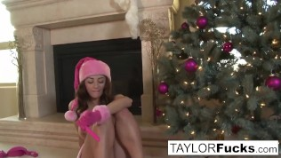 Erotics Christmas solo with busty Taylor Vixen
