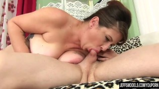 BBW Kailie Raynes is sodomized