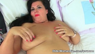 English milf Katie Coquard gets turned on in black tights