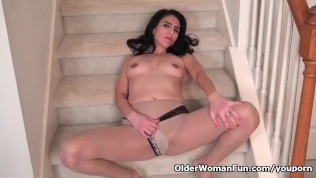 American milf Jacqueline plays with her nyloned pussy