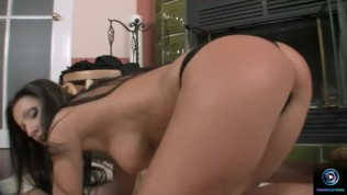 Pretty Nikki Rider alone masturbation