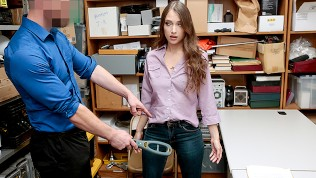 ShopLyfter - Thief Sucks Security Guards Cock