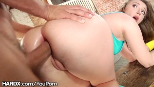 HardX Big Ass White Girl Loves This Daddy's Dick Up Her Anal