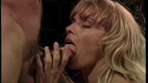 She cums twice and wqnts more Pt1/2