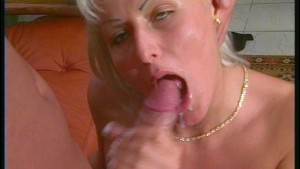 Thirty seconds of cum in the mouth