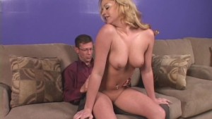 Sweet Thing Gets Mouthful Of Cum