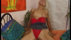 Sexy blonde starts her day with her daily vitamin of cum