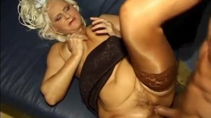 Granny gets fucked by a younger guy