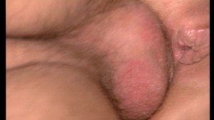 Perfect perky bouncy tits gets a load across her lips (clip)