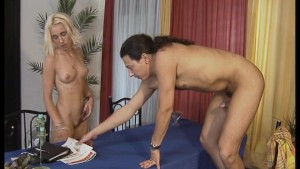 Blonde seduces client and fucks him on the table