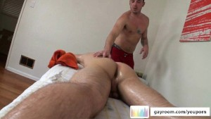 Manly Massage Turns Erotic.p3