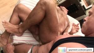 Oily Homo Massge