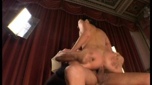 Babe Takes It In The Pussy - World planet-mk