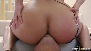 Big-tit bikini clad convict Katja Kassin fucked by her handler