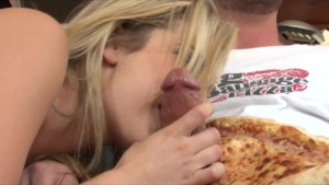 Blonde bombshell Bailey Blue rides pizza boy s big-dick cowgirl