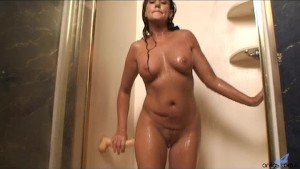 Dripping milf pussy dildo fuck