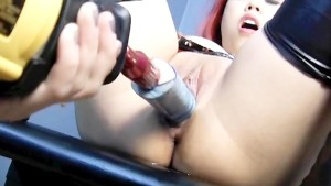 Asian chick fucked by a machine - Dungeon VIP