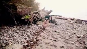 Petite asian gets naked on the beach - Mavenhouse