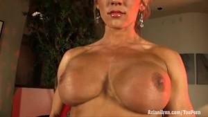 Aziani Iron sexy fitness MILF Abby Marie