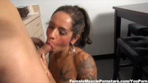 A Fit MILF Gives Head