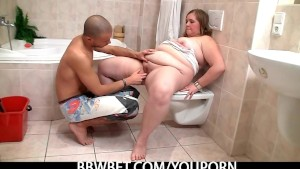 Chubby cutie meets a horny guy in the bathroom