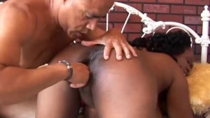 Yvette is a sexy black MILF who loves to fuck