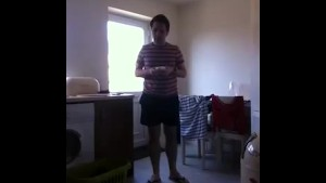 Sneezing Ian s Sneezing and Flip Flops Fetish Video (77)