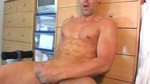 Straight male of my dreams !(Nicolas 31 y.o)