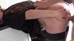 Brit sub cumswallowing maledoms load