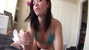 Girl next door gave me amazing handjob.mp4
