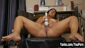 Chubby Miel Vibrating Her Hairy Muff