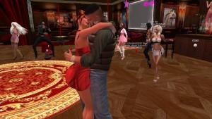 Fred Adjani rencontre la belle et sexy Xena en mini robe rouge danse et sexe.avi