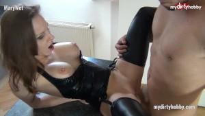 My Dirty Hobby - MaryWet 3er mit der Freundin