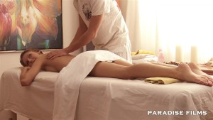 Gorgeous Skinny gets a massage