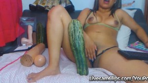 Shoving A HUGE Cucumber In My Pussy!!!