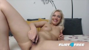 Blonde Bombshell With Pierced Nipples Has an Ass Fetish