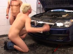 Servicing the mechanic