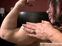 Muscle Brunette Plays With Her Pussy