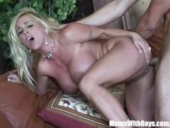 Horny Blonde Mom Holly Halston Fucks ...