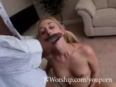 wet creamy pussy fuck white blonde slut vs black cock