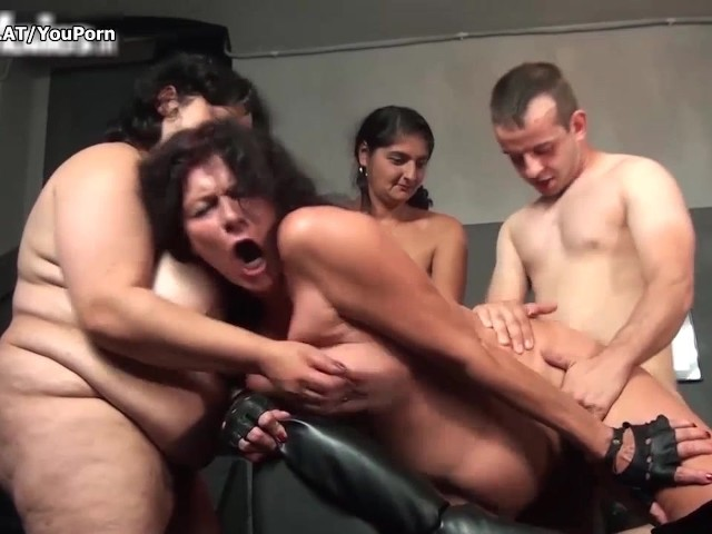 indian aunty naked in group
