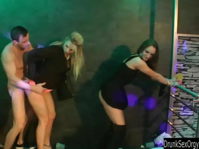 lesbi-klub-sekret-m-kurskaya