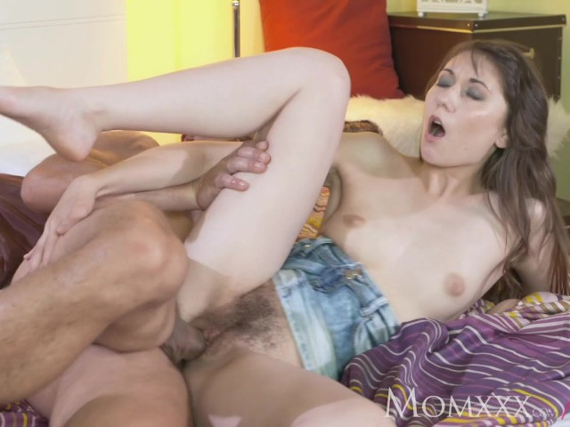 Opinion Cumming in moms pussy think