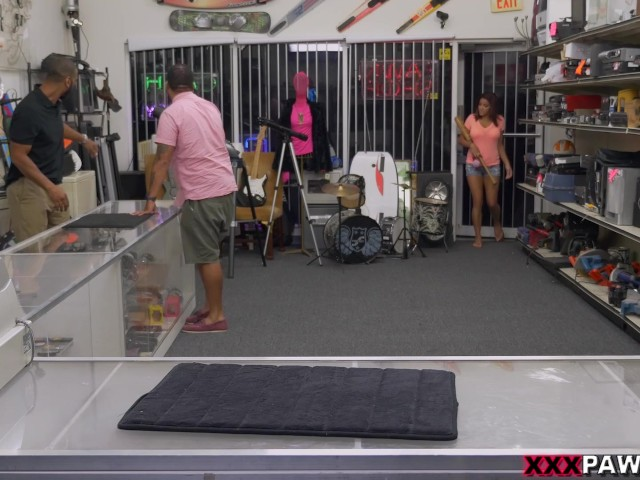 home-run-audition-in-the-xxx-pawn-shop-with-sexy-latina-mia-martinez-(xp15608)