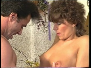 Vintage Milf Gets It On - Julia Reaves