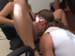 Babe Gets Fucked While Another Guy Watches - Bb Gunn