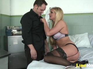 Phoenix Marie With Big Tits Can Easily Seduce Any Man.mp4