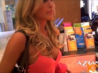 Piękna Blondynka Robi Się Brudna Publicznie I Zostaje Złapana
