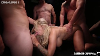 Curvy Milf gets smashed by 5 dudes in gangbang