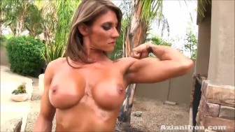 2 sexy strong women flexing their naked bodies for you